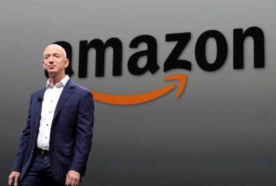 अमेजन के सीईओ जेफ बेजोस 200 अरब डॉलर की संपत्ति वाले पहले शख्स, मुकेश अम्बानी की भी संपत्ति इतने अरब डॉलर बढ़ी