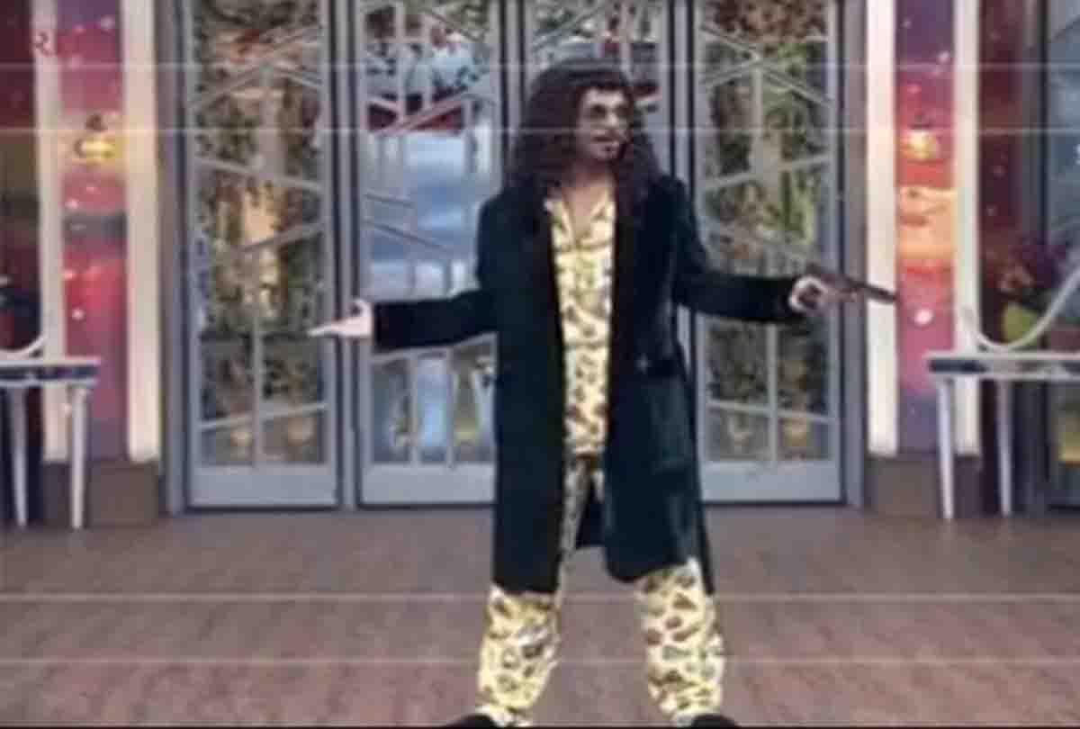'शो आया नहीं मक्खियां पहले आ गईं' सुनील ग्रोवर ने जारी की अपने नये शो की वीडियो