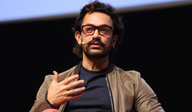 आमिर खान का दोहरा चरित्र आया सामने, Rss ने लगाया ये आरोप