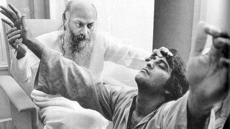 विनोद खन्ना ने मुकेश भट्ट को ताबड़तोड़ जड़ दिए थे कई थप्पड़, जानिए वजह