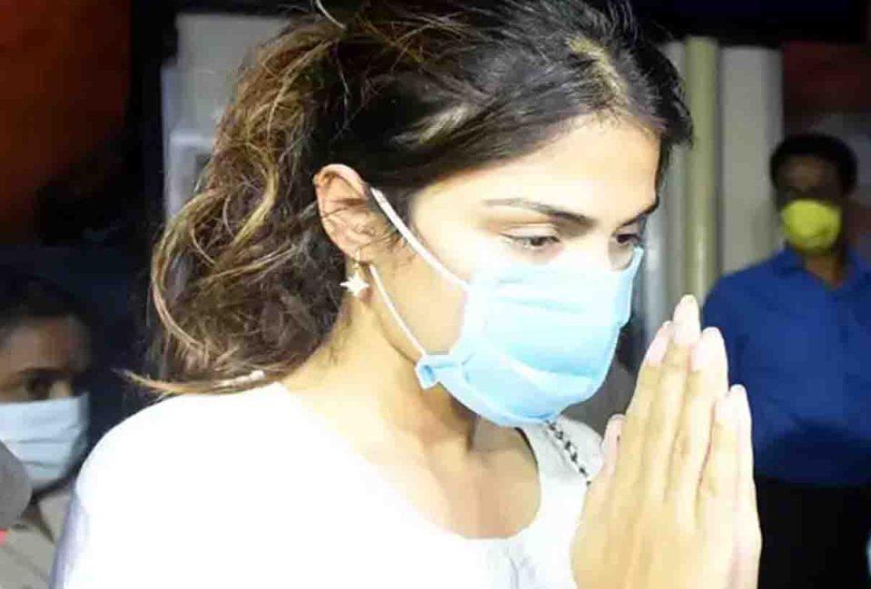 वीडियो वायरल होने से मचा बवाल, रिया चाहती तो बच जाते सुशांत