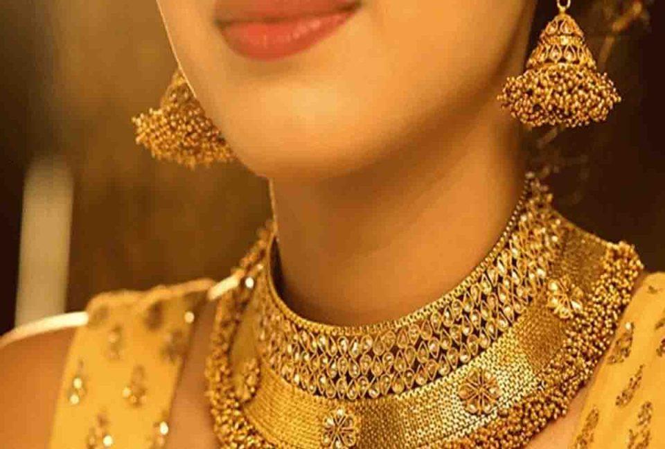 Gold Price: 5800 सस्ता हुआ सोना, अब मात्र इतने में खरीदें 1 तोला