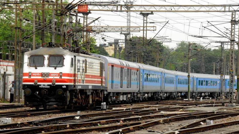 12 सितंबर से चलेंगी 80 स्पेशल ट्रेन, गोरखपुर और बिहार के लिए खुशखबरी