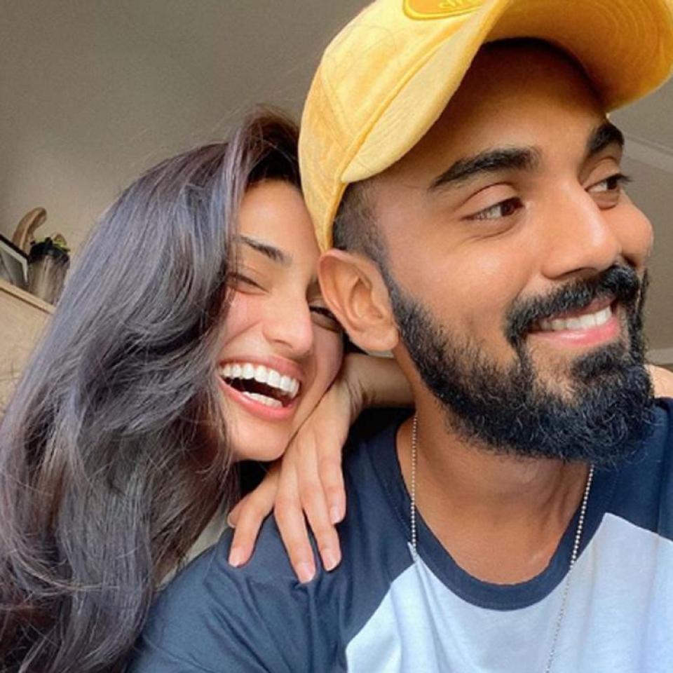 सुनील शेट्टी की बेटी को डेट कर रहा ये भारतीय खिलाड़ी, इन एक्ट्रेस से भी जुड़ चूका है नाम