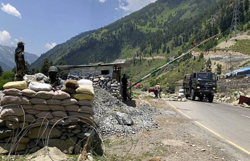 भारत से घबराया चीन, राजनाथ सिंह से मुलाकात करेंगे चीन के रक्षामंत्री