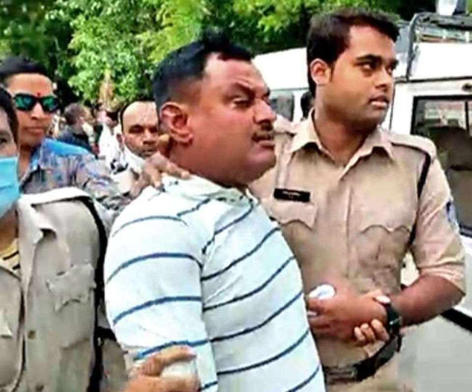 A new disclosure of the truth of Vikas Dubey encounter, what Ujjain police is hiding?
