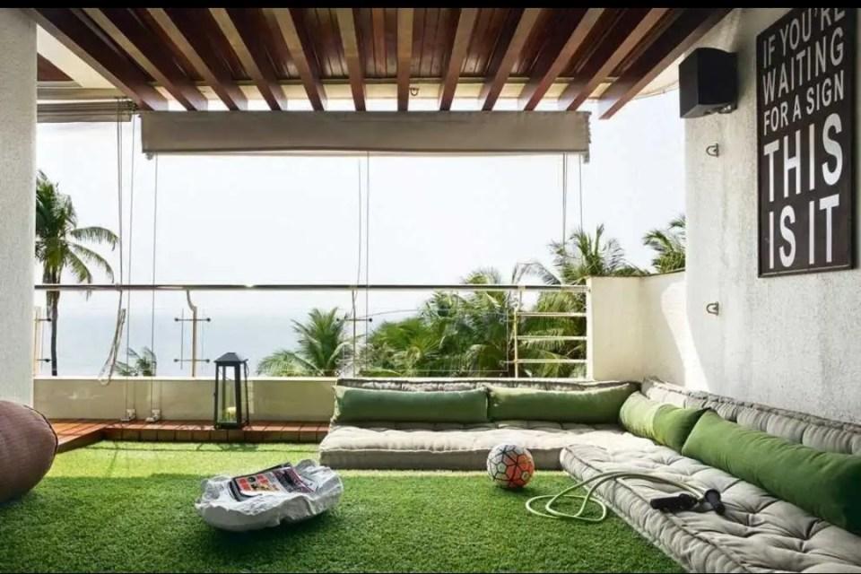ऋतिक रोशन ने मुंबई में खरीदें दो फ्लैट, कीमत जानकर उड़ जाएंगे आपके होश