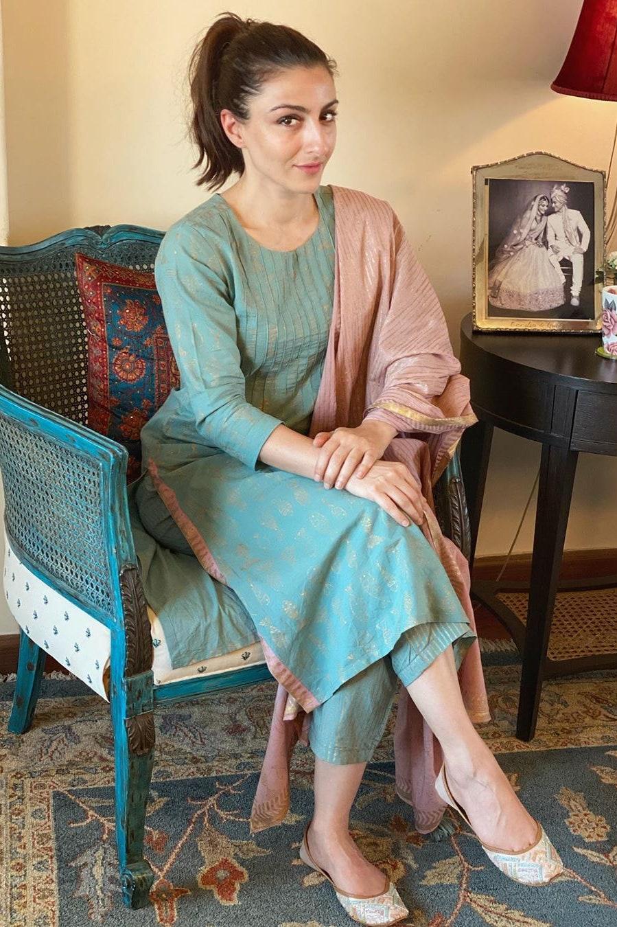 करोड़ो के इस आलिशान बंगले में रहती है करीना की ननद, देखें तस्वीरें