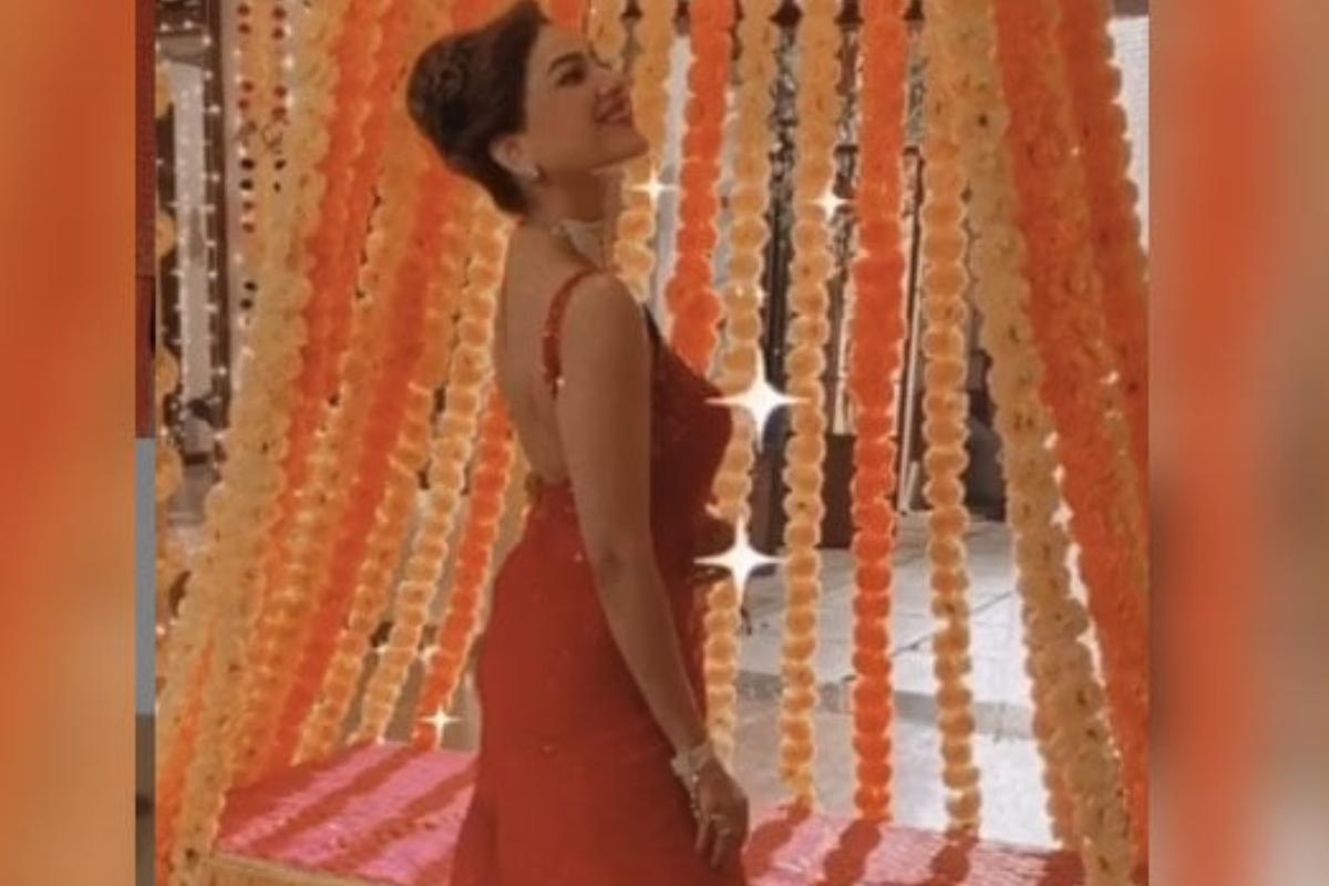 सैफ, करीना के गाने पर मिथुन चक्रवर्ती की बहु ने किया कमाल का डांस