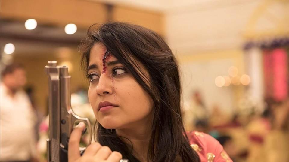 कालीन भैया से मुन्ना त्रिपाठी तक जानिए कितने करोड़ के मालिक हैं मिर्जापुर के ये कलाकार