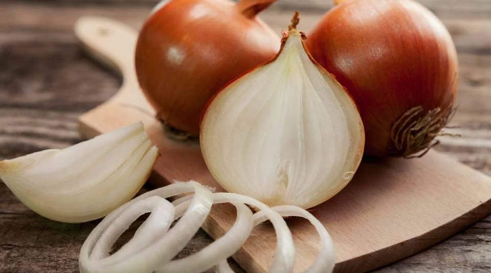 Onion Price: सरसों तेल के दाम में आई गिरावट के बाद, जानिए अब क्या हैं प्याज के नये दाम