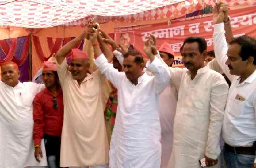 योगी ने किया बलरामपुर पीड़िता के परिवार को आवासीय पट्टा और सरकारी नौकरी देने का किया ऐलान