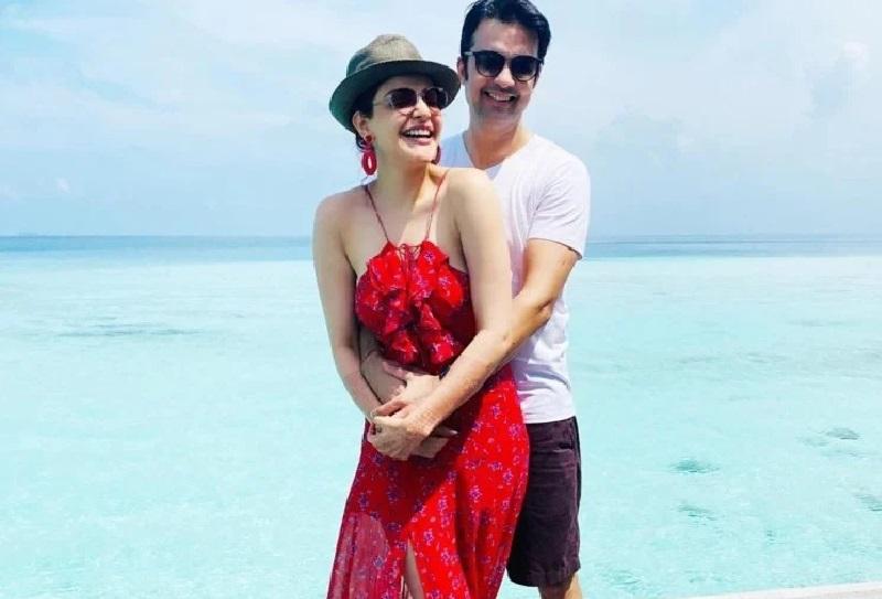 हनीमून मनाने गई काजल अग्रवाल ने विदेश पहुंचते ही पहनी ऐसी ड्रेस, पीछे से दिख रहा था सब कुछ