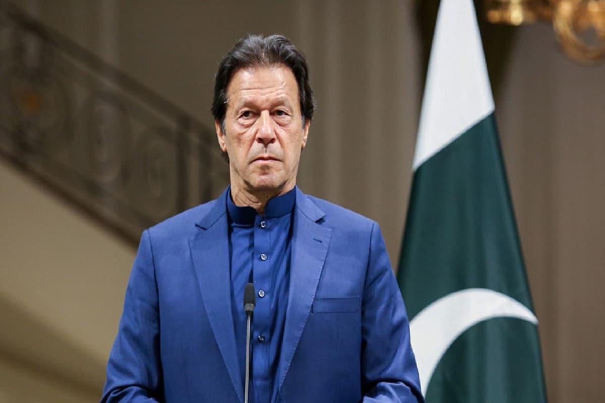 Pak: इमरान खान ने बनाया ऐसा नियम बलात्कार करने वाले नहीं बन पायेंगे पिता