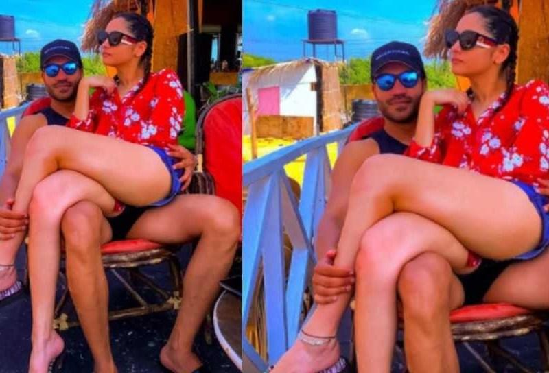 ब्वॉयफ्रेंड विक्की जैन की गोंद में बैठ अंकिता लोखंडे ने शेयर की तस्वीर, भड़के सुशांत फैंस