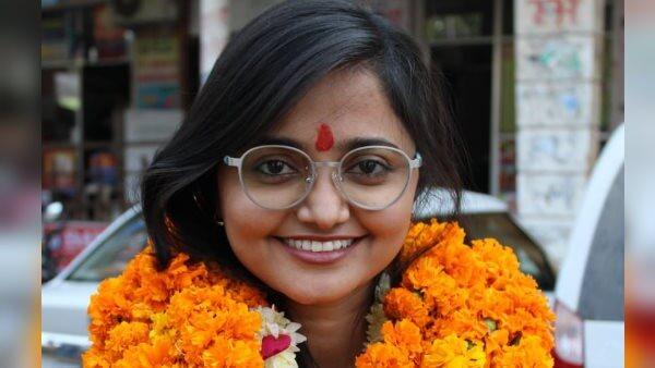 गांव की लड़की ने विदेश में कमाया नाम , 26 साल की उम्र में दुबई में कमा रही है लाखों रुपये