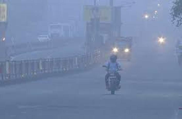 नए साल पर होगा दिल्ली में सर्दी का कहर, इन राज्यों में बर्फबारी व बारिश की संभावना