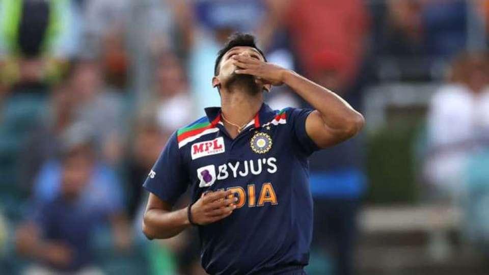 उमेश यादव चोटिल होकर तीसरे टेस्ट से बाहर, इस गेंदबाज को मिलेगा डेब्यू का मौका