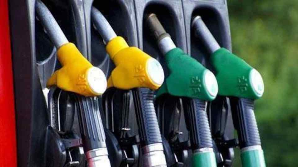 Petrol Price Today : पेट्रोल, डीजल की कीमतों में नहीं हुआ बदलाव ,जाने आज का भाव