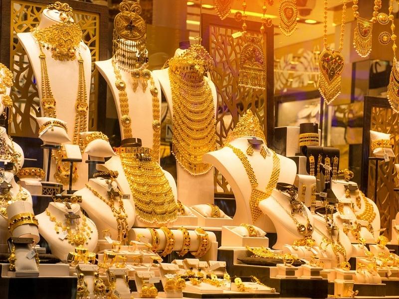 Gold Price Today: सोना हुआ धड़ाम, उम्मीद से ज्यादा सस्ता हुआ गोल्ड, जानिए 10 ग्राम सोने की कीमत