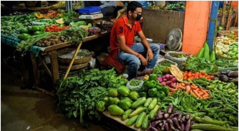 आम जनता पर पड़ने लगा है किसान आंदोलन का असर, तेजी से बढ़ रही है महंगाई