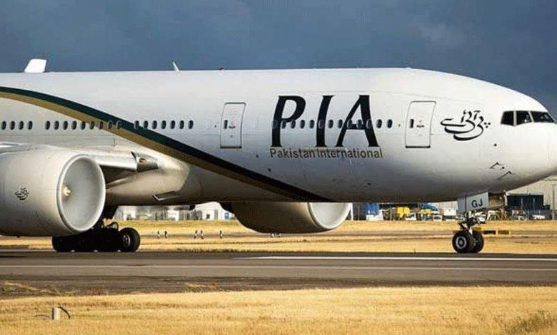 कंगले पाकिस्तान को दोस्त ने भी दिया झटका यात्रियों से भरे विमान को किया जब्त
