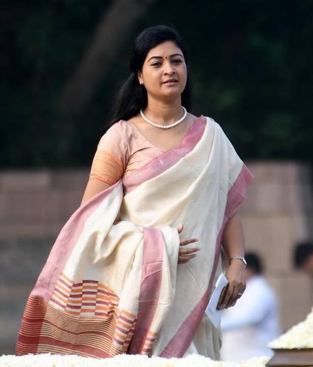 भारत की 6 सबसे खूबसूरत महिला राजनेता, इनकी खूबसूरती की जनता है दिवानी