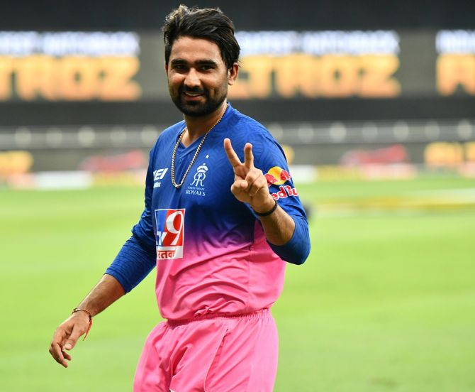 श्रीलंका दौरे पर इन 4 खिलाड़ियों को मिलना चाहिए था मौका, लेकिन चयनकर्ताओं ने किया नजरअंदाज