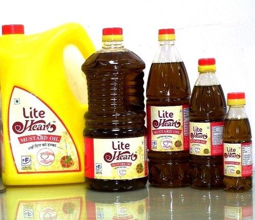 Mustard Oil: सरसों तेल की कीमत में आई उम्मीद से ज्यादा कमी, जानिए अब क्या हैं नये दाम