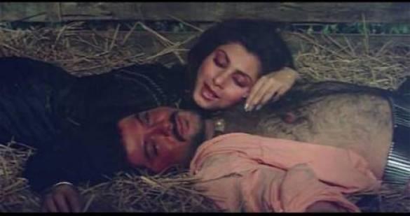 जब Anil Kapoor और Dimple Kapadia ने की थी बोल्डनेस की हद पार मच गया था बवाल, देखें तस्वीरें