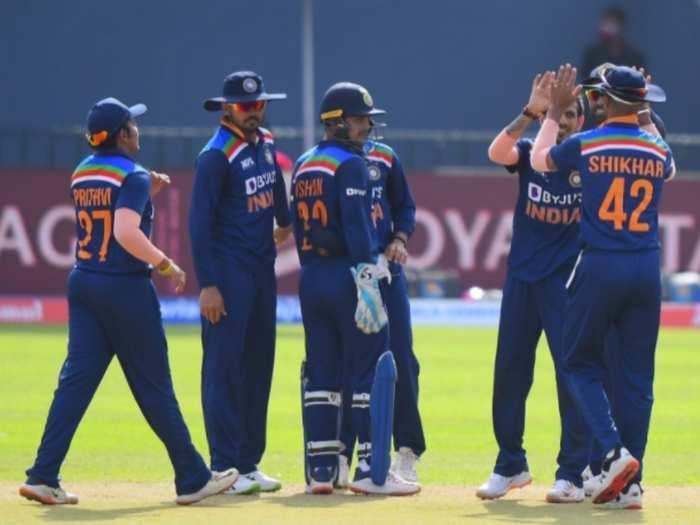 Sl Vs Ind: श्रीलंका के खिलाफ पहला टी20 जीतने के बाद भी भड़के भारतीय फैंस, इस खिलाड़ी को टीम से बाहर करने की उठी मांग