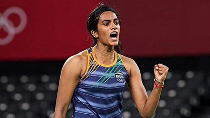टोक्यो ओलंपिक 2020: पीवी सिंधु के कांस्य पदक के बाद खुद प्रधानमंत्री नरेंद्र मोदी और राष्ट्रपति ने बांधे तारीफों के पूल, देखें किसने क्या कहा....