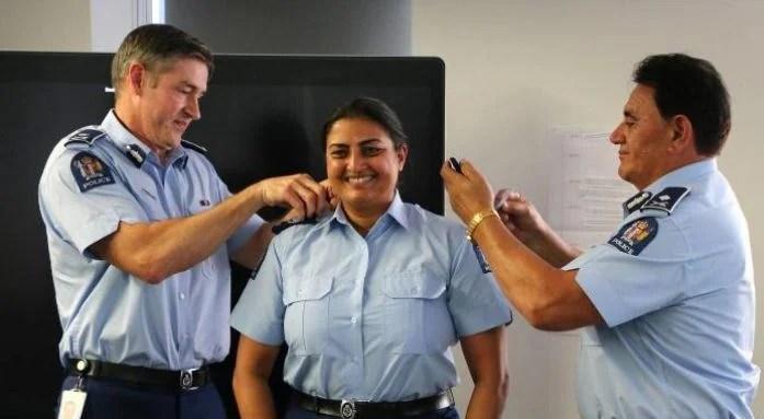 टैक्सी चलाकर भारतीय महिला बनी न्यूजीलैंड की पुलिस, देश का किया नाम रोशन