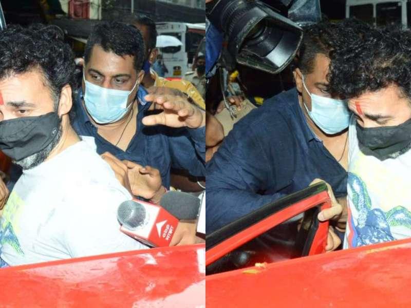 शिल्पा शेट्टी के बॉडीगार्ड रवि ने जीता दिल, जेल से घर लौटते राज कुंद्रा के साथ किया कुछ ऐसा