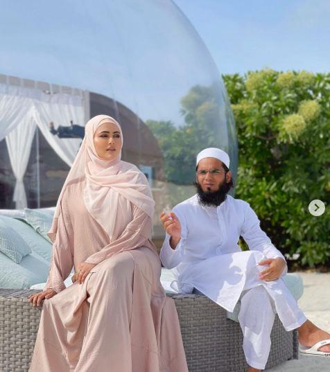 शादी से पहले सना खान को बहन बुलाते थे मौलाना, बाद उन्ही संग कर लिया निकाह, जानिए क्यों
