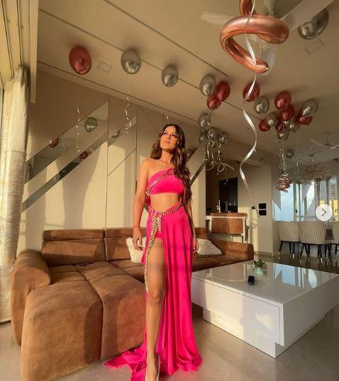 निया शर्मा ने खरीदा अपना ड्रीम हाउस, अंदर से दिखता है बेहद शानदार और रॉयल, देखें फोटोज