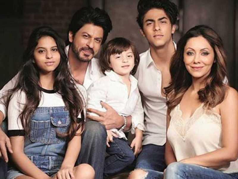 जब शाहरुख खान ने कहा था- मेरे नाम की वजह से खराब हो सकती है मेरे बच्चों की जिंदगी, जानिए क्या है सच्चाई?