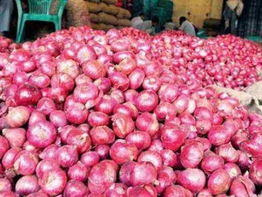 Onion Price : महंगाई के आंसू रुला रहा प्याज, जानिए किस शहर में किस भाव बिक रहा प्याज