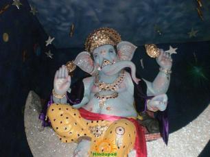 andheri cha peshwa 2013 - 2