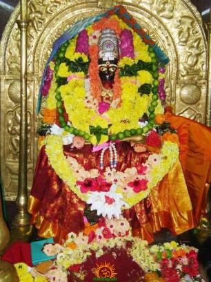 2nd day Annapurna Pithapuram Temple Navaratri