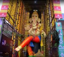 63 feet Vinayaka idol in Vijayawada 2015