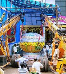 6300 kgs laddu for DGSS Ganesha Vijayawada 2015