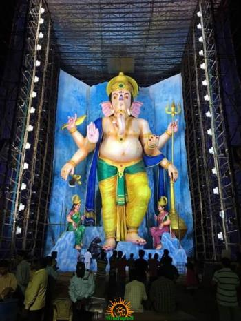 72-feet Ganapathi idol 2016 13 at Vijayawada Tallest