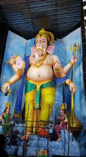 72-feet Ganapathi idol 2016 14 at Vijayawada Tallest