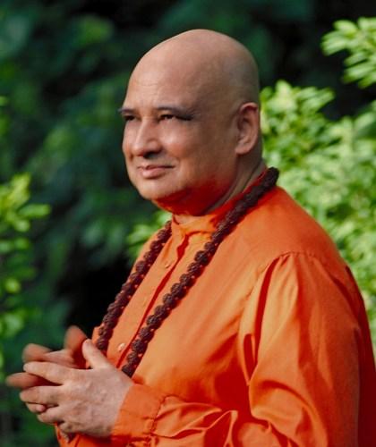 Swami Jyotirmayananda Saraswati