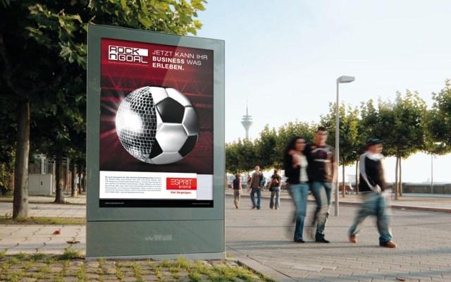 """Werbemaßnahmen für das Business-Seatangebot """"Rock n Goal"""" // Mein Part: Idee, Motivgestaltung und Corporate Design der Esprit Arena"""