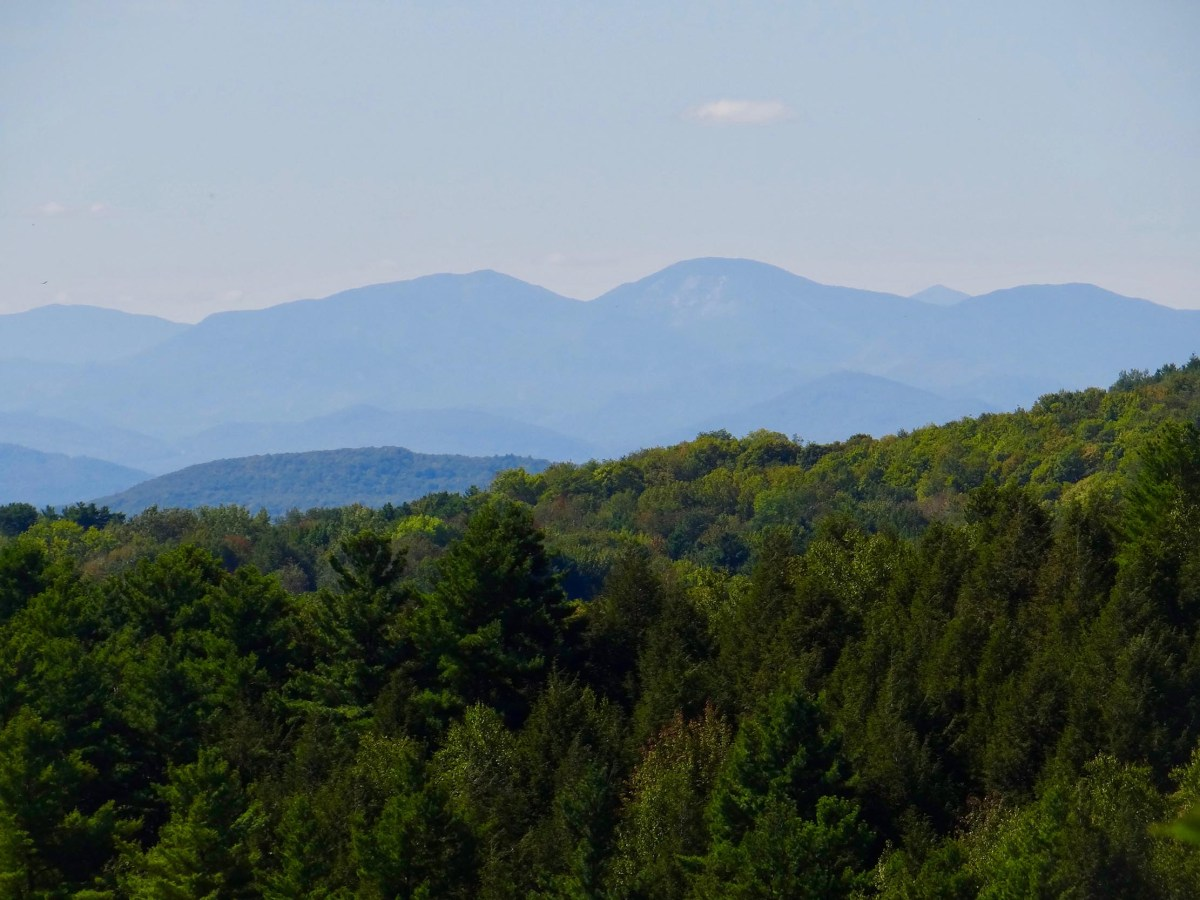 Back Roads of Hinesburg: A pictoral circumnavigation of a beautiful town