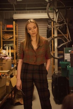 killing-eve-villanelle-plaid-costume-1560544091