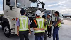 Training-driver-dan-mekanik-hino-300x169