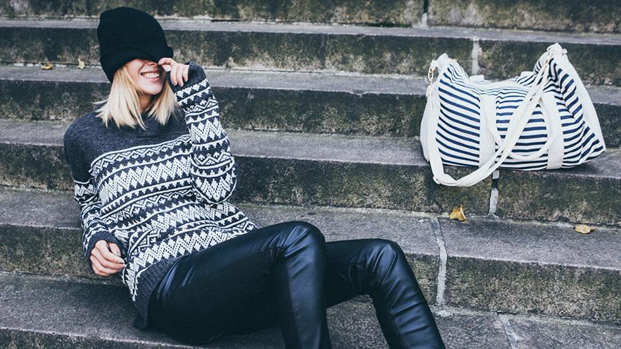 Holiday Travel Tips That'll Make This Season Way More Comfortable | Hinted